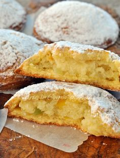 Neapolitan crowds original recipe with step by step photos Frolle napoletane ricetta originale, foto passo passo vickyart arte in cucina – Station De Recettes Mini Pastries, Italian Pastries, Italian Desserts, Mini Desserts, Cookie Desserts, Italian Recipes, Cookie Recipes, Dessert Recipes, Biscotti Cookies