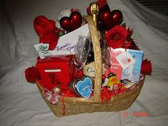 Love the idea of date night baskets - We had a great Date Night in our live auction - Paired Symphony Tickets, Gift Card to a really nice down town restaurant and hotel. Could add a basket like this - to make an even nicer package!