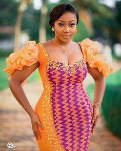African Bridesmaid Dresses, African Lace Dresses, African Wedding Dress, African Fashion Dresses, African Print Fashion, Africa Fashion, Kente Dress, African Lace Styles, African Traditional Wedding