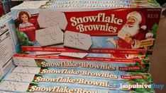 Little Debbie Snowflake Brownies - Walmart Little Debbie Snack Cakes, Fast Food Reviews, Retro Candy, Butterfly Cakes, Easy Snacks, Christmas 2019, Junk Food, Tea Party, Snowflakes