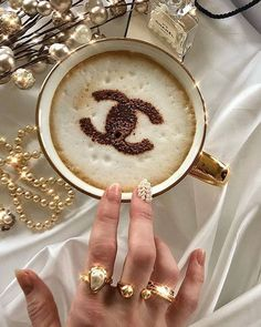 I like my coffee with a sprinkling of pearls and Chanel 🕊 Happy Thursday everyone. Classy Aesthetic, Boujee Aesthetic, Aesthetic Collage, Aesthetic Vintage, Aesthetic Pictures, Brown Aesthetic, Mode Poster, Accesorios Casual, Bad And Boujee