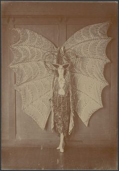 Portrait of Pixie Herbert in a bat costume, ca. 1923 | par National Library of Australia Commons