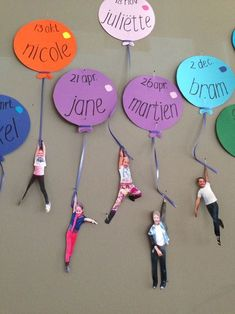 Excellent DIY Classroom Decoration Ideas & Themes to Inspire You Fantastic DIY Classroom decor Ideas to motivate and also aid you get started - Invite your pupils this year to the institution with an impressive course setting making use of styles! Diy Classroom Decorations, Classroom Setting, Classroom Displays, Classroom Organization, Infant Classroom Ideas, Kindergarten Classroom Decor, Birthday Wall, Classroom Birthday Board, Preschool Birthday Board