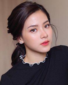Pin on Baifern Pimchanok Pin on Baifern Pimchanok Fresh Makeup Look, Makeup Looks, Beautiful Girl Image, Beautiful Asian Women, Beauty Makeup, Hair Makeup, Hair Beauty, Asian Makeup, Ulzzang Girl