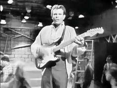 """Runaway"" was a number-one Billboard Hot 100 song made famous by Del Shannon in It was written by Shannon and keyboardist Max Crook, and became a major. 100 Songs, Music Songs, New Music, Music Videos, Roy Orbison, Del Shannon Runaway, Legendary Singers, Famous Singers, Musica"