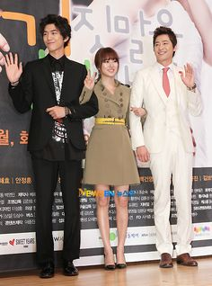 """Cast of """"Lie to me"""" They are all really cute. Yoon Eun Hye, Joo Won, Korean Drama Movies, Lie To Me, Actors & Actresses, Kdrama, Singing, It Cast, Culture"""