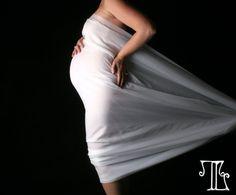 Such a fun maternity idea!  (c) Terri Lane Photography
