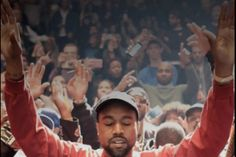 This Kanye West photo makes the most uplifting lock screen