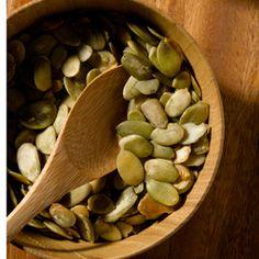 """""""5 bonnes raisons de manger des graines de citrouille"""" avec recette de graines de citrouille rôties"""