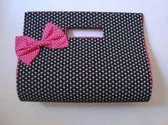 cartonagem - Pesquisa Google Ankara Bags, Minimalist Bag, Small Handbags, Printed Bags, Diy Accessories, Couture, Skull, Purses, Wallet