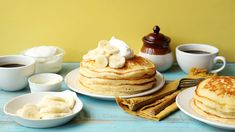 Recipe of the Day: Banana Pancakes  Save the recipe 👍 Cake Batter Pancakes, Egg Free Pancakes, Sour Cream Pancakes, Banana Pancakes, Pancakes And Waffles, Banana Recipes, Waffle Recipes, Oatmeal Recipes, Easy Recipes