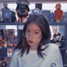 Light Blue Aesthetic, Pink Aesthetic, Korean Girl, Asian Girl, Uzzlang Girl, Selfie Poses, Blackpink Photos, Beautiful Girl Image, Girls Dp
