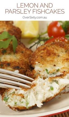 Lemon and Parsley Fishcakes - These lemon and parsley fishcakes are not only easier to make than you think, but they taste so much better than shop bought ones.Try them for dinner tonight. Homemade Fish Cakes, Easy Fish Cakes, Cod Fish Cakes, Fish Cakes Recipe, Crab Cakes, Fish Dishes, Seafood Dishes, Seafood Recipes, Gourmet Recipes
