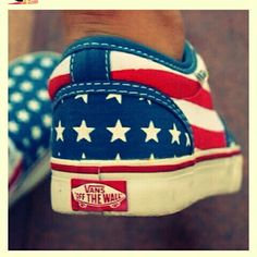 American flag Vans. My Rayne, Zoe & I NEED!