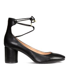 Ankly tie midi heel in black from H&M