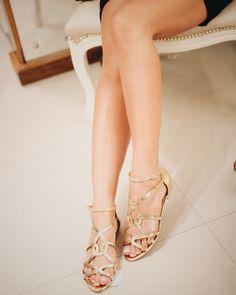 Sandália rasteira dourada | Paula Brazil Shoes