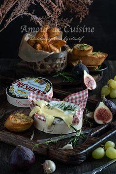 Camembert Roti, Camembert Cheese, Food Stall, Street Food, Muffin, Foods, Breakfast, Board, Cheese