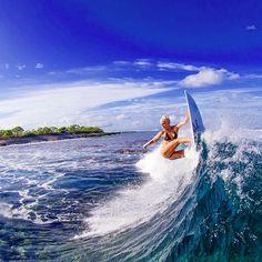 #Surfing, Tatiana Weston-Webb