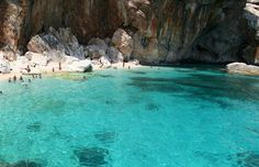 Cala Ispuligidenìe, Costa di Baunei, Sardinia.