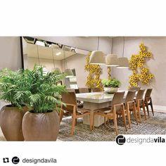 Mesa de jantar DRIA, da HADRA, no belíssimo ambiente da Arq @anaalipioarquitetura na @designdavila.  #ArchDesign,#arc,#arch,#decor,#architecture,#arquitetura,#decoração,#decoracao,##decoracaointeriores,#home,#decoradores,#designinteriores,#designdeinteriores,#projetos,#arquitetos,#arquiteto,#arquiteta,#designers,#art,#artfineart,#fineart,#fineartphoto,#fineartfotografia,#fotografia,#quadros,#artefoto,#sketchup,#3dwarehouse,#sketchupbloco,#sanchez_jmc