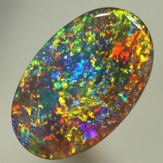 Opal / Lightning Ridge, Australia. Prettiest opal I've ever seen! Gorgeous!