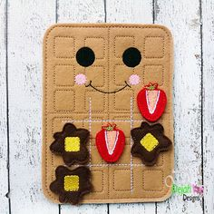 Waffle felt tic tac toe board available at https://www.etsy.com/shop/SchoolhouseBoutique