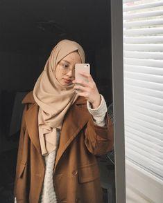Simple Hijab, Casual Hijab Outfit, Hijab Chic, Ootd Hijab, Muslim Fashion, Modest Fashion, Boho Fashion, Winter Fashion, Fashion Outfits