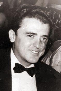 El comisionista abastecedor de barcos Renato Guitart, miembro del Comité Militar   de la dirección del Movimiento. Como parte del grupo vanguardia cayó en combate.