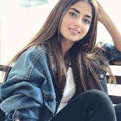 Image may contain: 1 person, sitting and closeup Sajal Ali, Pakistani Dresses Casual, Pakistani Bridal Dresses, Pakistani Girl, Pakistani Actress, Girl Photo Poses, Girl Photography Poses, Girl Pictures, Girl Photos