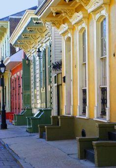 Colorful beautiful Vieux Carré houses in New Orleans, LA
