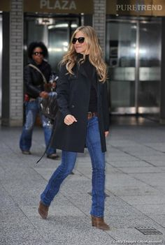 Jennifer Aniston (love her style}
