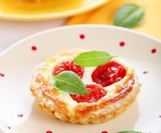 """Chiamate """"salatini"""" in Piemonte e molto gettonate anche in Sardegna, sono uno stuzzichino facilissimo da preparare e di sicuro effetto."""