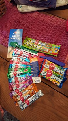 #free #producttesting #yummy Mold it, roll it, cut it and create with #AirheadsCrafts! #FreeSamp http://h5.sml360.com/-/1hg55