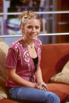 So Little Time Olsen Twins - Bing images Mary Kate Ashley, Ashley Olsen, 2000s Hairstyles, Olsen Twins Style, Olsen Sister, Early 2000s Fashion, Celebrities Then And Now, Fashion Tv, So Little Time