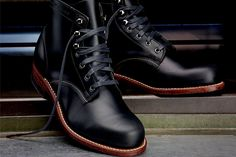 THAT'S A BOOT. THAT'S A BOOT FOR A MAN. Wolverine 1000 mile Boot
