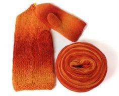 Hahtuvalapaset Knitting Socks, Knit Socks, Knitting Accessories, Mittens, Gloves, Diy, Felting, Fingerless Mitts, Bricolage