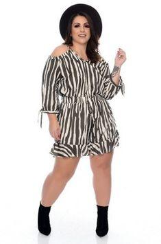 Vestido Plus Size Sheile Cropped Plus Size, Babe, Vestidos Plus Size, Ideias Fashion, Shorts, Summer Jumpsuit, Outfits, Dresses, Big Sizes