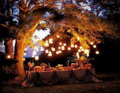 mason jar lanterns. perfect for an evening party.