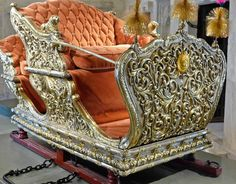 One of the royal coaches Middle East Culture, Royal Throne, India Architecture, Silver Furniture, Amazing India, History Of India, Indian Artifacts, India And Pakistan, Empire Style