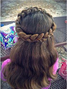 Pretty halo crown braid from braidsbysophia. source