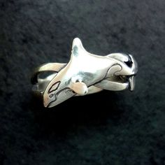 North Arrow Shop Dolphin and Waves Thick Band 925 Sterling Silver Animal Theme with Gift Box