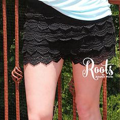 #RootsSouthernBoutique Layered Lace Shorts