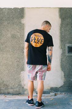 District 5ive Black Borough Tee                    #district5ive #d5 #streetwear #mensstyle #fashion #sneakers #screenprinting #borough #newyork #melbourne