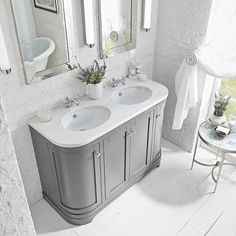 Marlborough Freestanding Curved Double Basin Unit with Worktop & Underslung Basin Bathroom Vanity Units, Loft Bathroom, Bathroom Basin, Vanity Sink, Bathroom Furniture, Bathroom Interior, Bathroom Plans, Bathroom Countertops, Family Bathroom