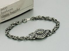 Avon 'Heirloom Classic Bracelet' choice of Silver or Gold ~ 1992