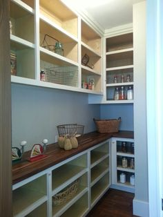 on my list for our pantry in our home we build!