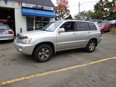 Check out this 2003 Toyota Highlander Only 157k miles. Guaranteed Credit Approval or the vehicle is free!!! Call us: (203) 730-9296 for an EZ Approval.$7,495.00.