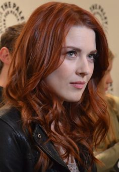 Alexandra Breckenridge uploaded by Clarabella Alexandra Breckenridge, Sara Gilbert, Megan Follows, Michael Weatherly, Hair And Beard Styles, Hair Styles, Actress Margot Robbie, Sienna, Styling Comb