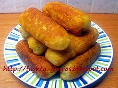 Πίτσα Γκουστόζα (gustosa) Sausage Roll Pastry, Healthy Snaks, Greek Appetizers, The Kitchen Food Network, Vegetarian Recipes, Cooking Recipes, Armenian Recipes, Greek Cooking, Greek Recipes
