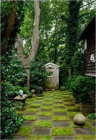 Checkerboard lawn